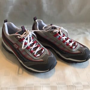 Sketchers Sport Sneakers 7.5 women's red grey